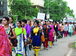 Temporary employees of 54 Govt Departments go on strike