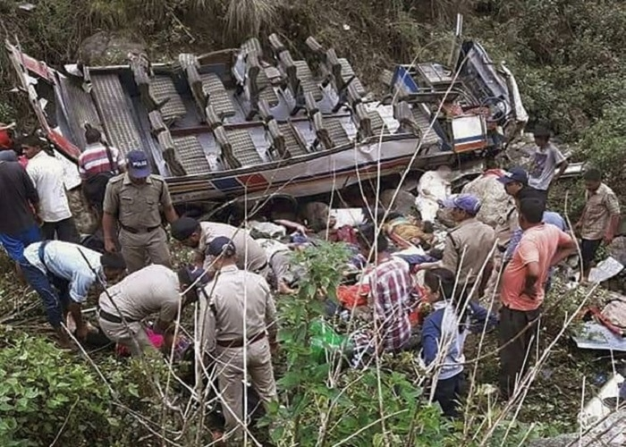 48 killed as bus falls into gorge in U'khand