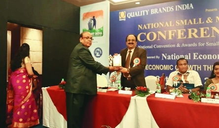 Sanjiv Pendharkar gets 'Quality Brand Business Excellence Award'