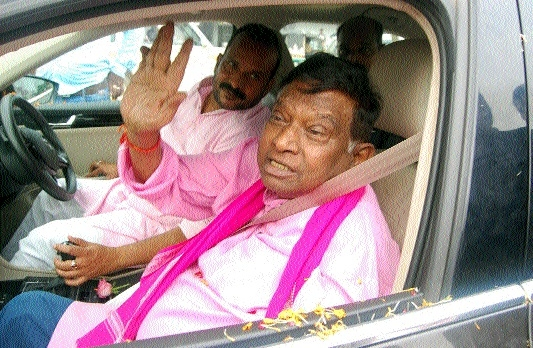 Ajit Jogi accorded rousing welcome