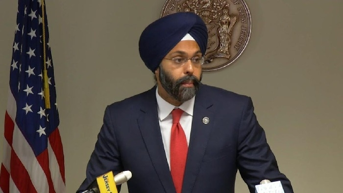 US radio hosts apologise for calling first Sikh-American Attorney 'turban man'