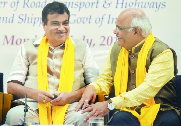 India facing crisis of having no ideology at all: Gadkari