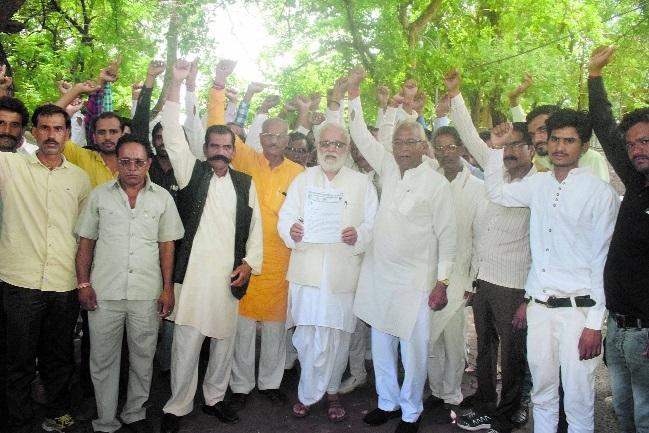 All India Yadav Mahasabha demands fair probe into Dalit farmer's death