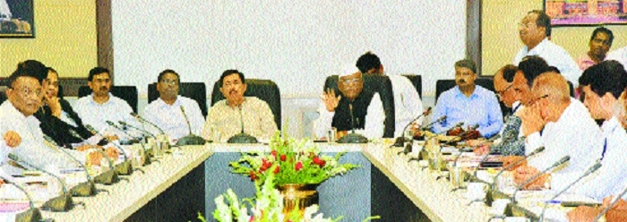 Speaker, Chairman review Monsoon Session preparations