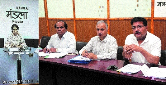 Divisional Commr Awasthi reviews Financial Assistance Scheme