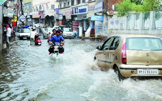 Rains continue to lash city