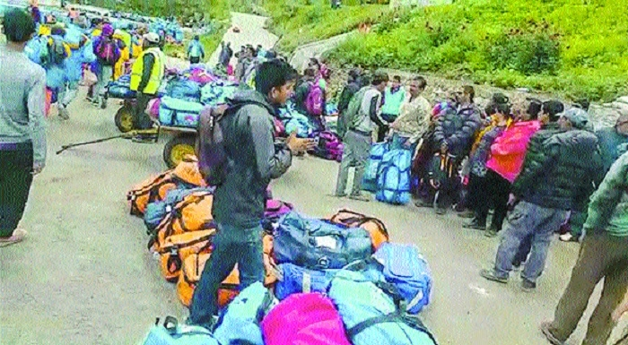 All stranded Kailash Mansarovar pilgrims evacuated from Nepal