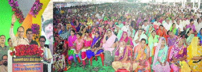 Rs 35,000 cr aid given to farmers in last one year: CM