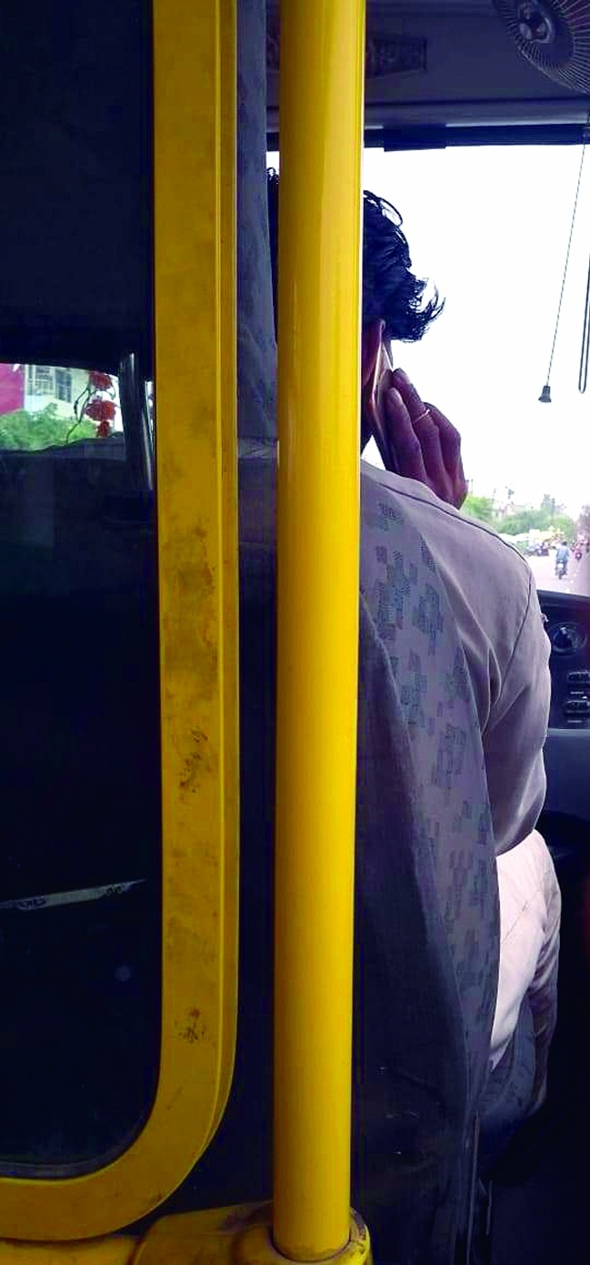 Low floor bus drivers putting life of commuters at risk