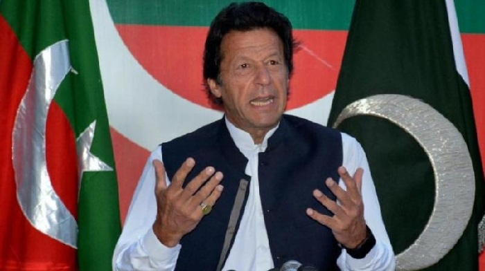 Imran to take oath on Aug 18, ex-Indian cricketers invited