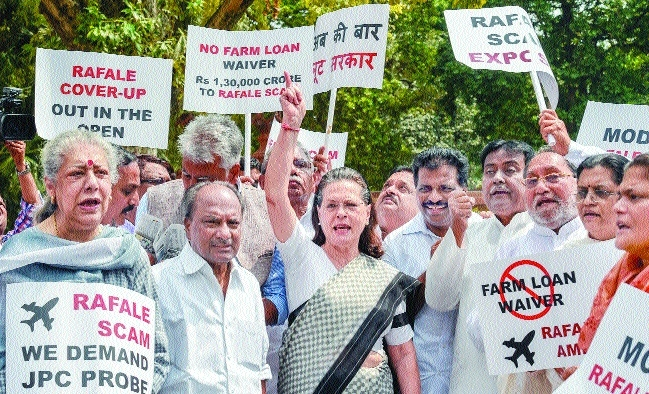 Sonia Gandhi-led Opposition MPs hold protests over Rafale deal