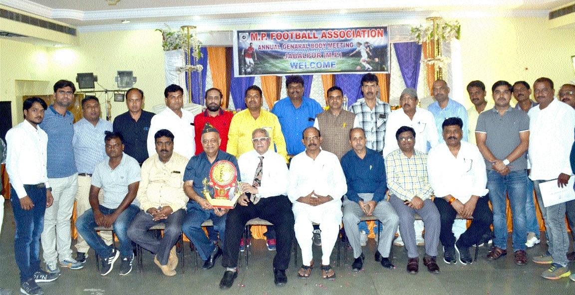Balaghat's Kochar is new President of MPFA