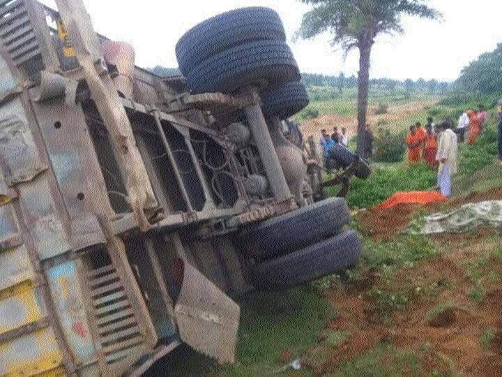 22 Kanwarias injured as pick-up van overturns