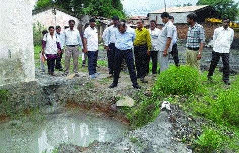 Niranjan Das inquires about spreading dengue epidemic
