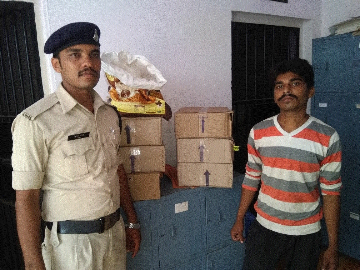 Man arrested with illegal liquor stock