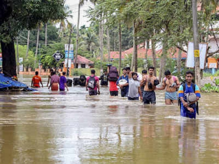 Govt declares Kerala floods as 'calamity of severe nature'