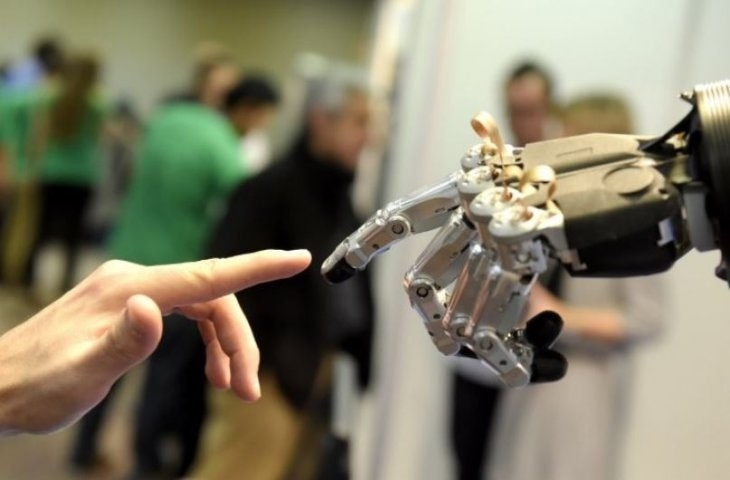 World's smallest medical robot sets Guinness record