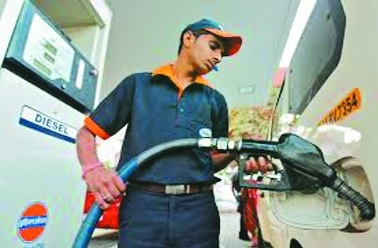 Petrol touches Rs 86.08/litre, diesel at Rs 74.57