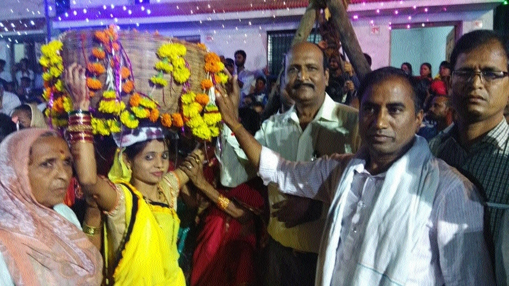 Rally, fireworks mark Bhujaliya celebration