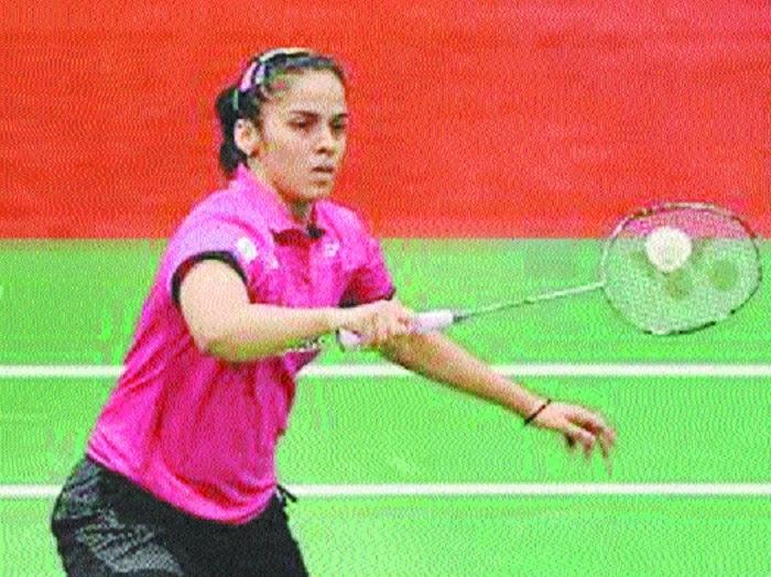 Saina, Sindhu move into quarters, Srikanth out
