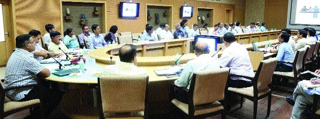 Meeting on simplification, reordering of Govt procedures held
