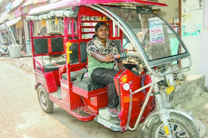 Women drivers in Allahabad turn e-rickshaw owners