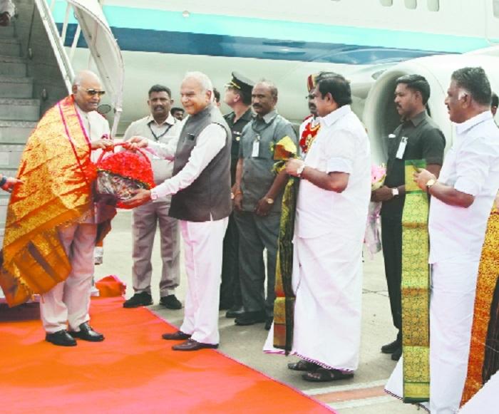 TN Governor Banwarilal Purohit receives President Ram Nath Kovind Chief Minister Edappadi K Palaniswami Deputy Chief Minister O Panneerselvam