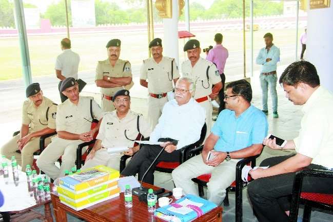 Collector, Commr inspect I-Day preparations