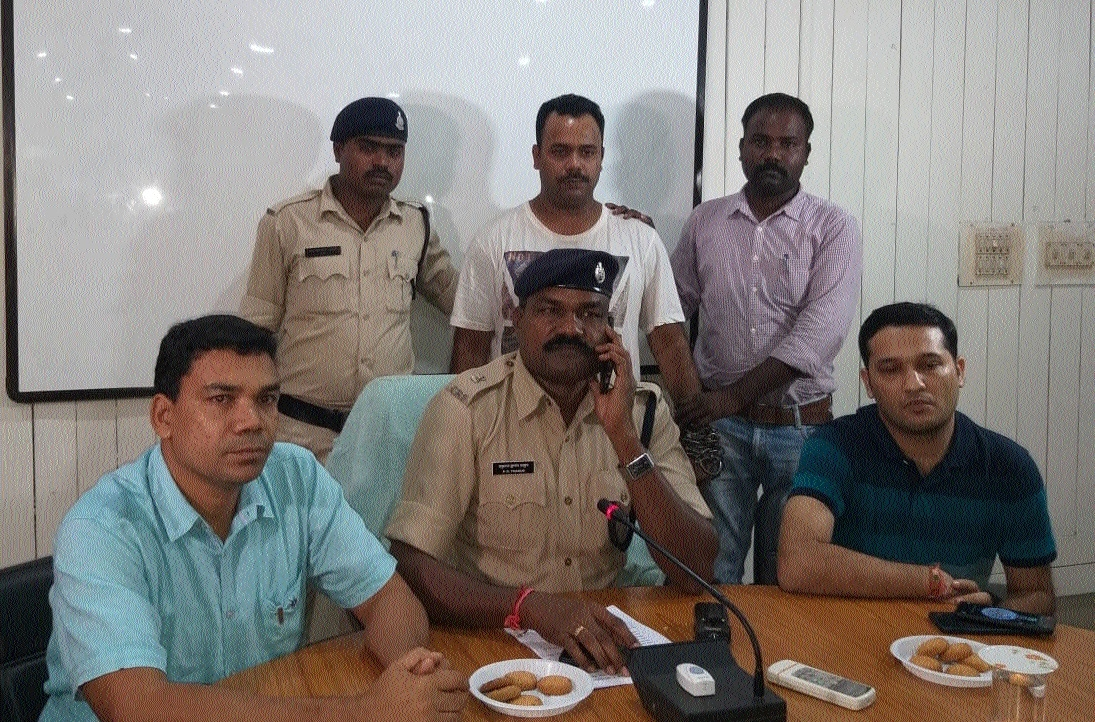 Cops nab prime accused in kitply co manager's murder case from Kolkata