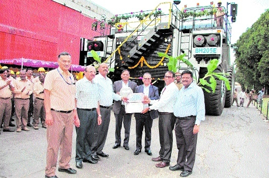NCL to use first ever electric dump truck