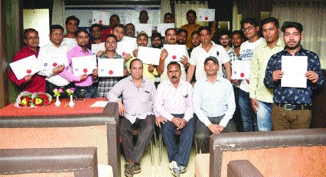 Six month 'Dispensing Optician Course' introduced in Bhilai-Durg