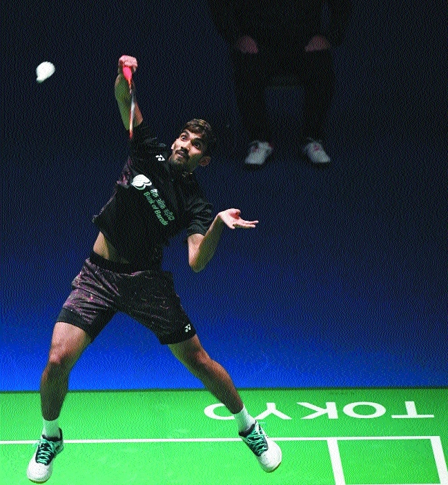 Srikanth in QF, Sindhu out