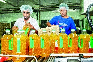 Cooking oil imports up 11% in Aug