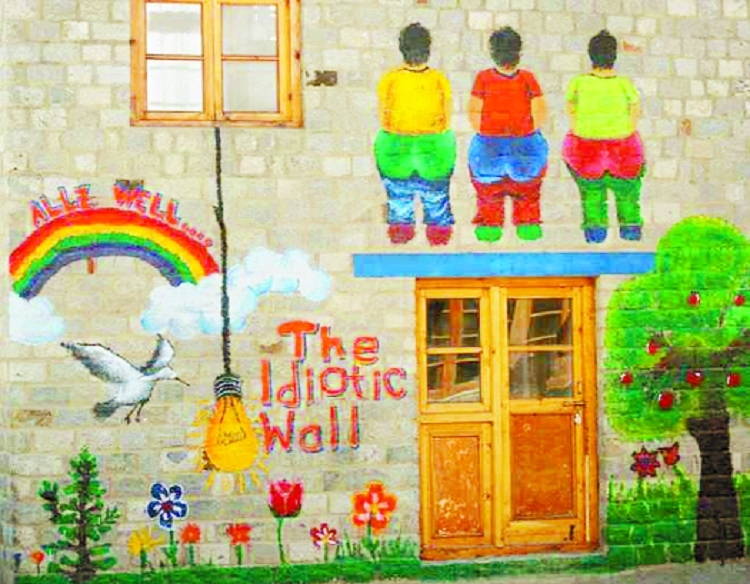 Leh school to raze 3 Idiots-inspired 'Rancho Wall'