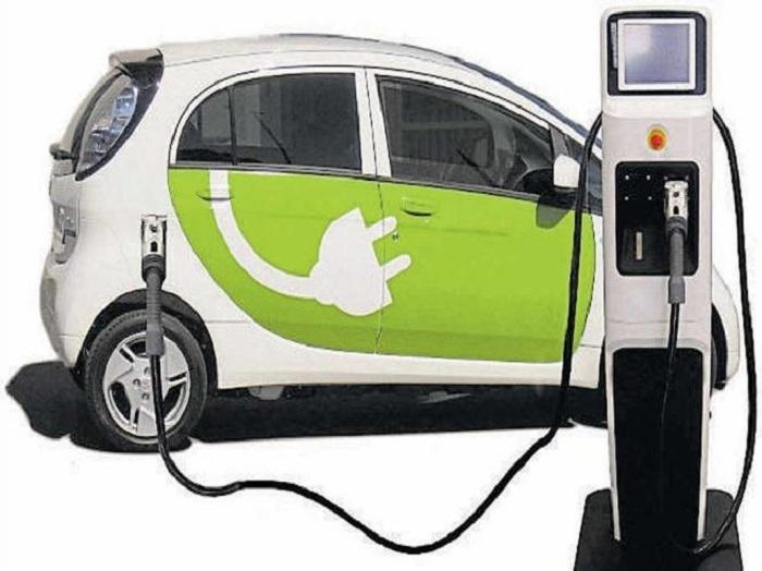 Maharashtra looks for Rs 25,000 cr investment in e-vehicle segment