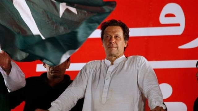 Imran Khan ropes in foreign experts to rebuild Pak's debt-ridden economy