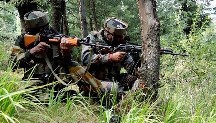 Four Naxals killed in C'garh encounter