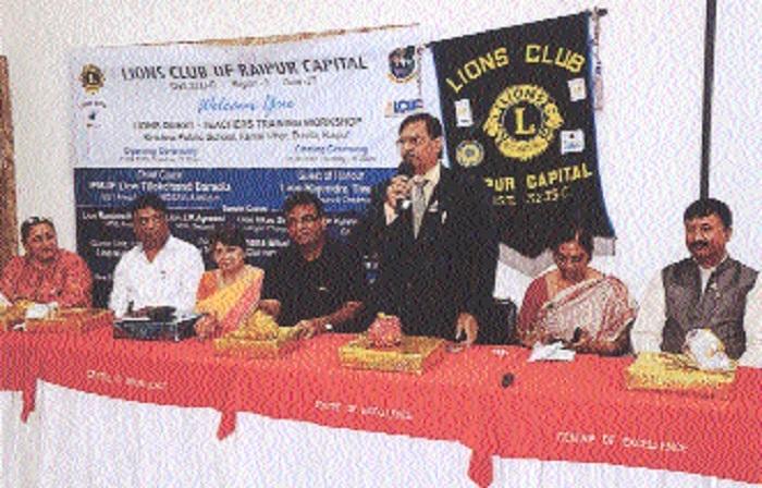 Lions Club Raipur Capital organises teachers training workshop