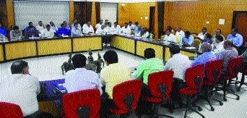 Various issues discussed during meeting of state-level Monitoring Committee