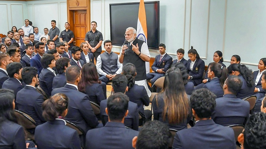 Use technology to improve performance: PM to sportspersons