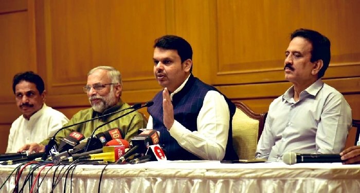 Cong must clarify on graft charges in VVIP chopper deal: Fadnavis