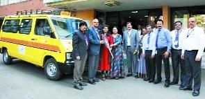 SBI donates van to Pawan Public School