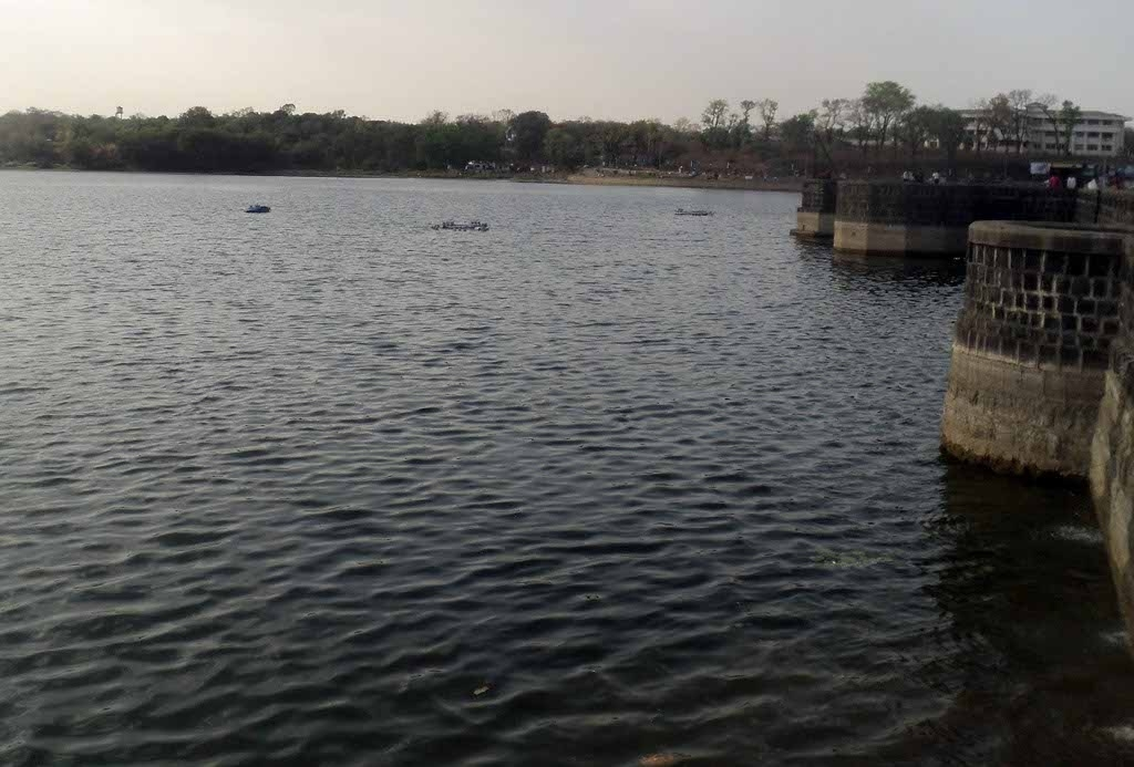 Lovers in suicide pact in Futala lake