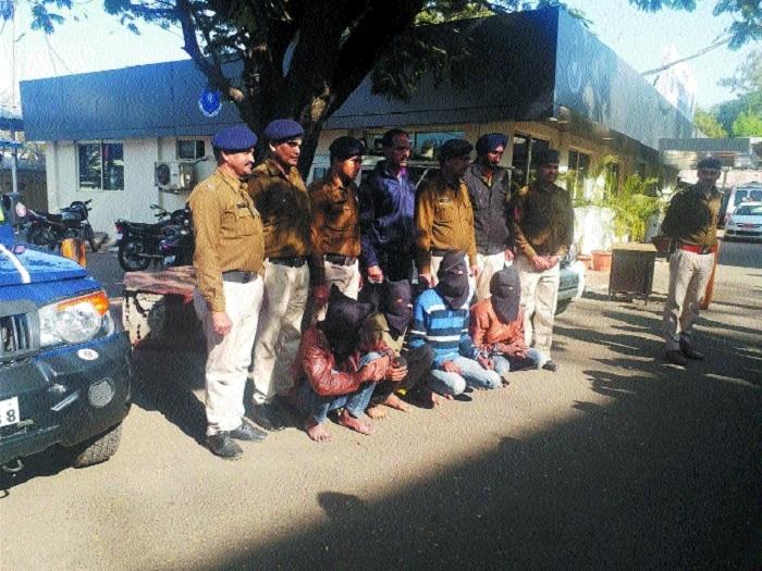 6 held in Akbarpur murder case
