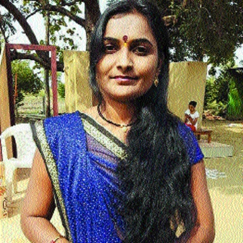 Suicide-hit farmer's widow to open Marathi Sahitya Sammelan in Yavatmal today