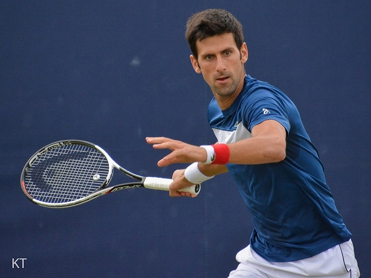 Djokovic faces qualifier, Federer takes on Istomin