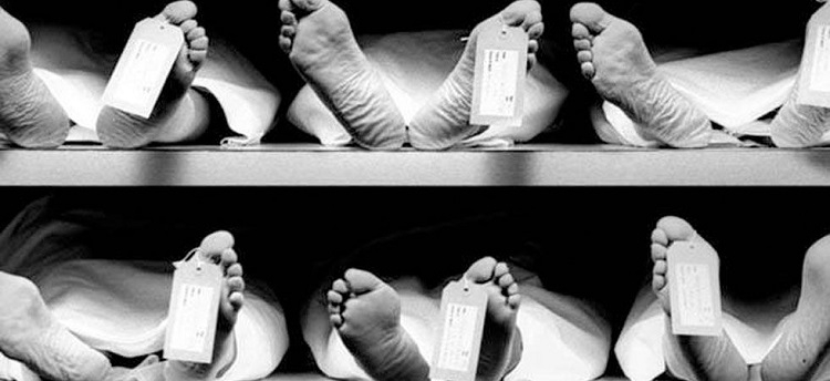 Unable to bear mother's treatment cost, man commits suicide with kin