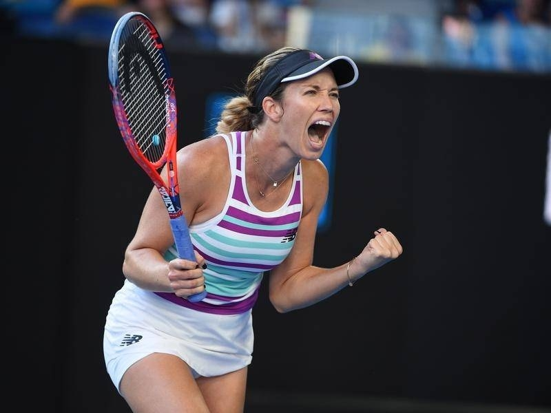 Collins, Kvitova make it to semis in contrasting styles
