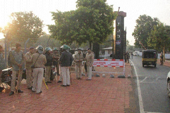 Defence employees' 3-day strike ends