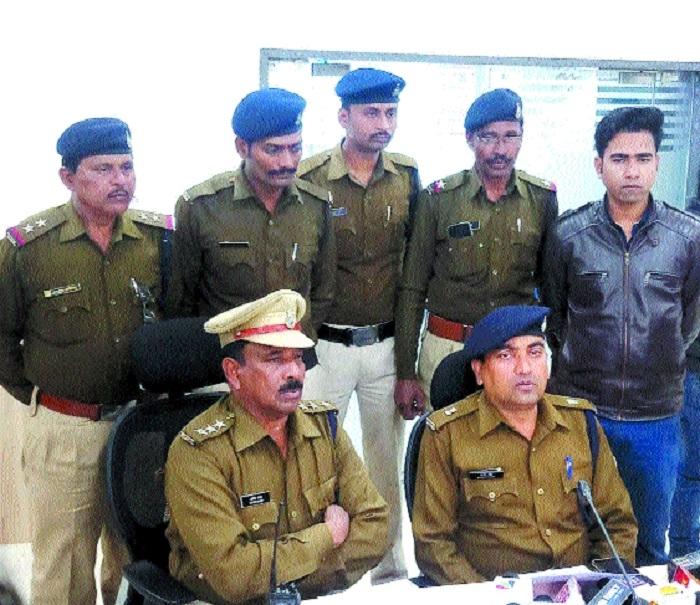 3 members of Painter Gang held in loot case